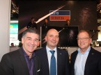 Markus Aegerter (AGVS), Christoph Aebi (AutoScout24) und Wolfgang Schinagl (auto-i-dat AG)