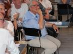 Co-Sektionspräsident René Degen hört den Lernenden aufmerksam zu.
